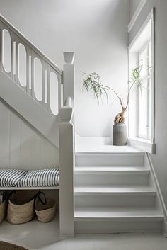 36 Top Minimalist Home Interior Ideas. Minimalist home designs are often chosen by house owners these days to refurbish or build. House Design, Interior, Home, Staircase Design, Minimalist Decor, House Interior, Minimalist Bedroom, Home Interior Design, Minimalist Home