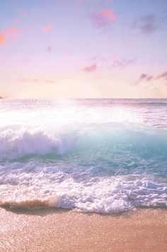 beautiful waves crashing on the beach, aahhh No Wave, Ocean Beach, Ocean Waves, Big Waves, Summer Beach, Beach Waves, Pink Ocean, Beach Sunrise, Pink Beach