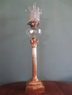 ANTIQUE-VICTORIAN-C1880-HINKS-GOLD-PLATED-COLUMN-OIL-LAMP-ETCHED-GLOBE-SHADE