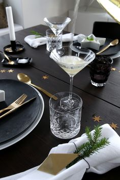 IMG_8764 New Years Table setting Bythereseknutsen.no