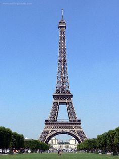 Eiffel Tower photography and facts at Earth in Pictures - The photo gallery of the world. Eiffel Tower photos with description. Photos, pictures and images together with valuable facts and x 1024 px) Tour Eiffel, Paris Eiffel Tower, Oh The Places You'll Go, Places To Travel, Places To Visit, Oh Paris, Paris France, Pink Paris, Verona