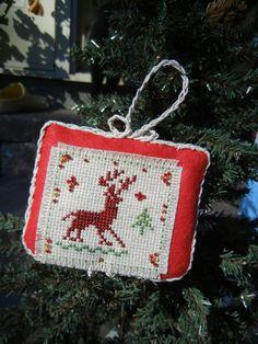 Ornement de Noël Deer Folk arbre de Noël par FlossFlowersandCraft