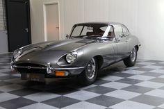 Specialist in klassiekers & sportwagens Jaguar E Type 1961, Jaguar Xk, Jaguar Cars, Tata Motors, Jaguar Land Rover, Car Brands, Car Manufacturers, Classic Beauty, Sport Cars
