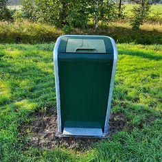 In de gemeente Smallingerland zijn vijf FalcoJona afvalbakken met pedaal en klep geplaatst. Het belangrijkste voordeel van deze vuilnisbak is dat afval weggegooid kan worden zonder dat de bak zelf aangeraakt hoeft te worden, vooral in deze tijd wel zo hygiënisch. Tevens is er een prachtige boombank FalcoSinus geplaatst in Drachten. Canning, Home Canning, Conservation