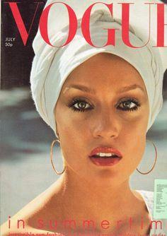 Vogue July 1975 www.vintagetreasure.co.nz