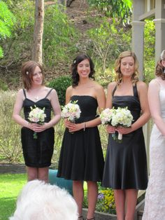 Black and white... always stunning..  Contact: floralology@yahoo.com.au