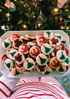 these are the best christmas cookies, hands down. kids love them! these are the best christmas cookies, hands down. kids love them! these are the best christmas cookies, hands down. Christmas Time Is Here, Christmas Mood, Merry Little Christmas, Noel Christmas, Xmas Holidays, Christmas Ideas, Christmas Baking, Classic Christmas Decorations, Christmas Bedroom