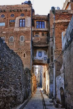 May those who wander these streets of Sana'a find the path to the Savior's home for all eternity.