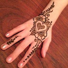 Arte Con Henna Disenos Con Henna Tatuajes Hindues Maquillaje Artistico Arte Corporal