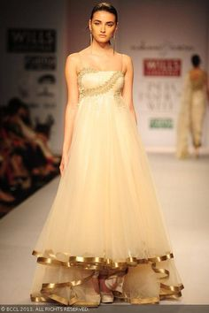 cream gown for a wedding reception, indian bride, Cream anarkali by Rabani and Rakha at Wills Lifestyle India Fashion Week (WIFW) Spring/Summer 2014
