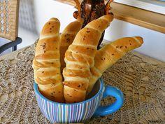 Szánter blogja.: Sós tejfölös kifli,recepttel és fázisfotóval.