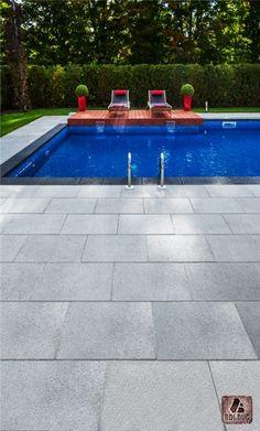 Dalle Prestige gris granite et Couronnement de piscine anthracite éclectique…