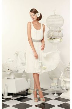 Alice + Olivia Cora double layer tank dress. Love it to wear to a summer wedding, if only you could wear white :)