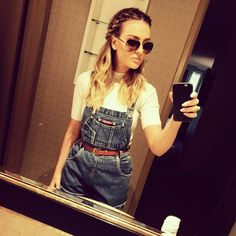0cc8db08bc0 Instagram post by Perrie Edwards ✌ 🌻 • Apr 25