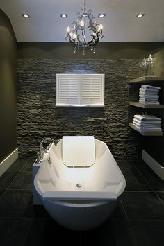 vrijstaand bad in exclusieve # badkamer more sfeervolle badkamer ...