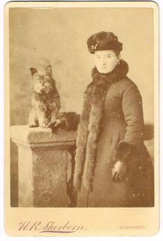 CABINET PHOTOGRAPH LADY WITH PET YORKSHIRE TERRIER DOG  NEWMARKET ANTIQUE 1880S