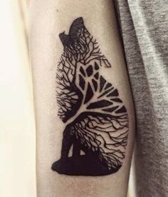watercolor Wolf tattoos on the back ideas for women. Watercolor tattoo ...