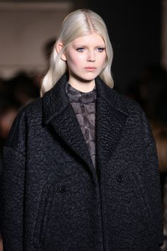 Rochas Fall 2014 RTW - Details - Fashion Week - Runway, Fashion Shows and Collections - Vogue