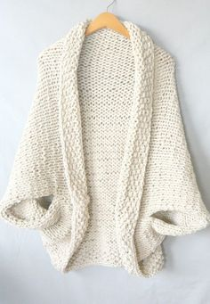 easy-knit-blanket-sweater, free pattern on MamaInAStitch.com: