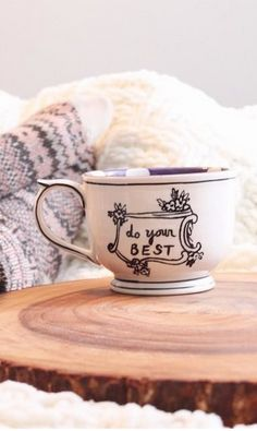 Crowned leaf mug #anthrofave