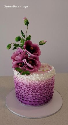 Purple poppies cake by Bistra Dean