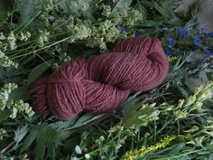 Naturaly plant dyed wool yarn in pink. DK yarn weight. Organic. Suitable for knitting tablet weaving, crochet and nalbinding.