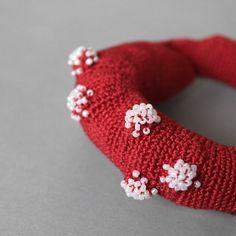 Crochet bangle My precious red par ulani sur Etsy