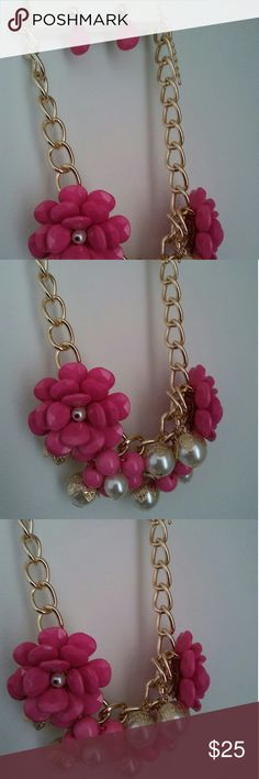 """New pink flower set Gold pink flower pearl necklace set includes earring very pretty 18"""" long necklace with adjuster Jewelry Necklaces"""