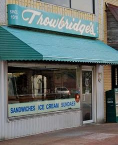 My Florence, Alabama hometown favorite!  Great milkshakes and hotdogs and orange pineapple ice cream!