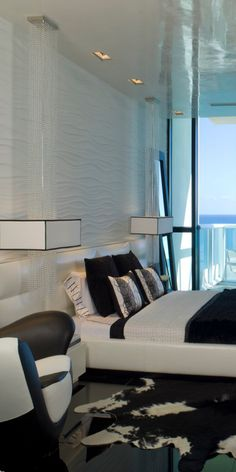 *styling : black and white linen - done well with white leather framed bed