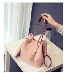 41cfc02f67 Vogue star Fashion Casual Tassel Women Bag Litchi PU Leather Women  Top-handle Bag Single Shoulder Bag Women Crossbody Bag LB175