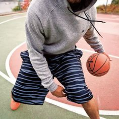 Person of View // #k1x #soupoftheday #parkauthority #nationofhoop #playhard #onecourtatatime #basketball #streetball #clothing #fashion #style #defense #offense #pov #personofview Photo by @asphaltchronicles