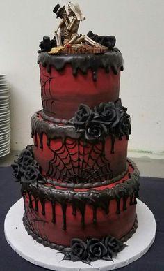 Wedding cake on the theme of Halloween @ City Museum - Wedding - . - Wedding cake on the theme of Halloween @ City Museum – wedding – - Skull Wedding Cakes, Gothic Wedding Cake, Gothic Cake, Themed Wedding Cakes, Cool Wedding Cakes, Wedding Themes, Wedding Ideas, Skull Cakes, Black Wedding Cakes