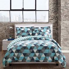 Style 212 Madison Triangles Comforter Set, Multicolor