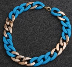 Chunky chain design collar necklace in various colors combined with gold chain. Pick from peach, green, blue, pink, white, red and yellow. Some colors have different kind of shade as seen in picture.