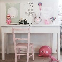 6 WAYS TO CREATE A VINTAGE DESK SPACE | www.homeology.co.za
