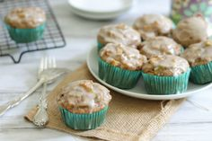 From fritter to muffin Apple fritter muffins..will try to make these vegan.