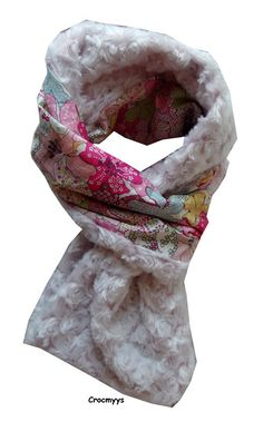 Echarpe liberty mauvey rose doublée   Echarpe, foulard, cravate par  crocmyys Cravate, Foulard 81282ee36df