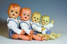 Babygutt i fire forskjellige størrelser 33-38-46 og 52 cm. Åsmund S.  Lærdal