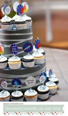 Space | Rocket Ship | Astronaut Birthday PRINTABLE Party Decorations - EDITABLE TEXT >> Digital Download | Paper and Cake See more party ideas and share yours at CatchMyParty.com #catchmyparty #partyideas #spaceparty #spacecupcakes