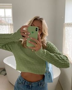 date casual outfit Komplette Outfits, Spring Outfits, Trendy Outfits, Fashion Outfits, Green Outfits, School Outfits, Outfit Summer, Modest Fashion, Fashion Clothes