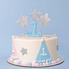 An adorable First Birthday cake!