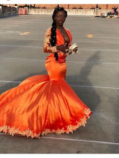 🥀Valquiria's Roses🥀 Source by prom dress black girl Black Girl Prom Dresses, Orange Prom Dresses, Senior Prom Dresses, Cute Prom Dresses, Prom Outfits, Event Dresses, Dress Prom, Long Dresses, Formal Dresses