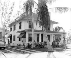 Unidentified residence - Miami, Florida, 1936. State Archives of Florida, Florida Memory.