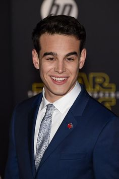Alberto Rosende – Star Wars: The Force Awakens Premiere in Hollywood