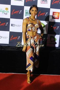 """Kelly Rowland donned Ankara fabric while sporting her new bob on the Red Carpet at an event in Lagos, Nigeria last night. Kelly debuted the sleek cut at New York Fashion Week last Sunday. Short hair is not new to Kelly who started out with a short cut in her DC days. What do you think of her recent """"below the ear"""" crop?"""