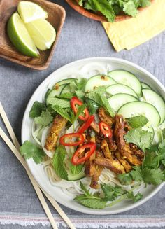 Spicy Vietnamese Grilled Pork Noodle Salad by SeasonWithSpice.com