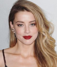 Amber Heard attends World Premiere Narrative: When I Live My Life Over Again during 2015 Tribeca Film Festival in New York (no. Amber Heard Cabelo, Fotos Amber Heard, Amber Heard Hair, Amber Heard Photos, Blond, Amber Head, Celebrity Makeup Looks, Provocateur, Dark Lips