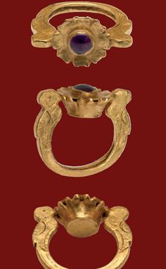 Gold Ring with Floral Bezel set with an Amethyst Byzantine, 6th-7th century