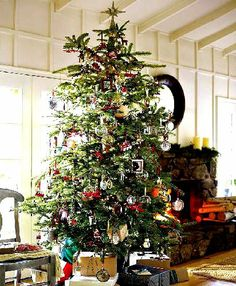 New England Farm Style Christmas Deco Bing Images Traditional Tree Country Trees